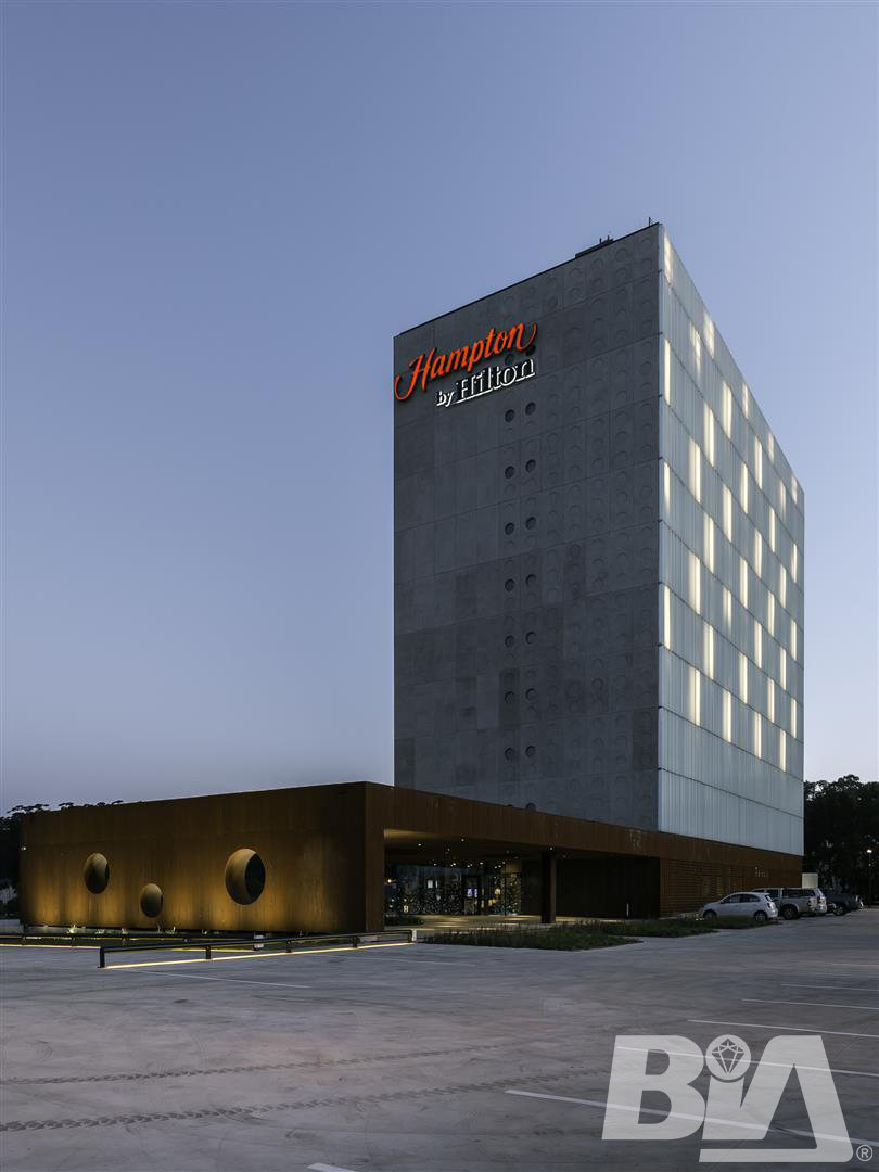 BIA   Hotel Hampton By Hilton 84 Large